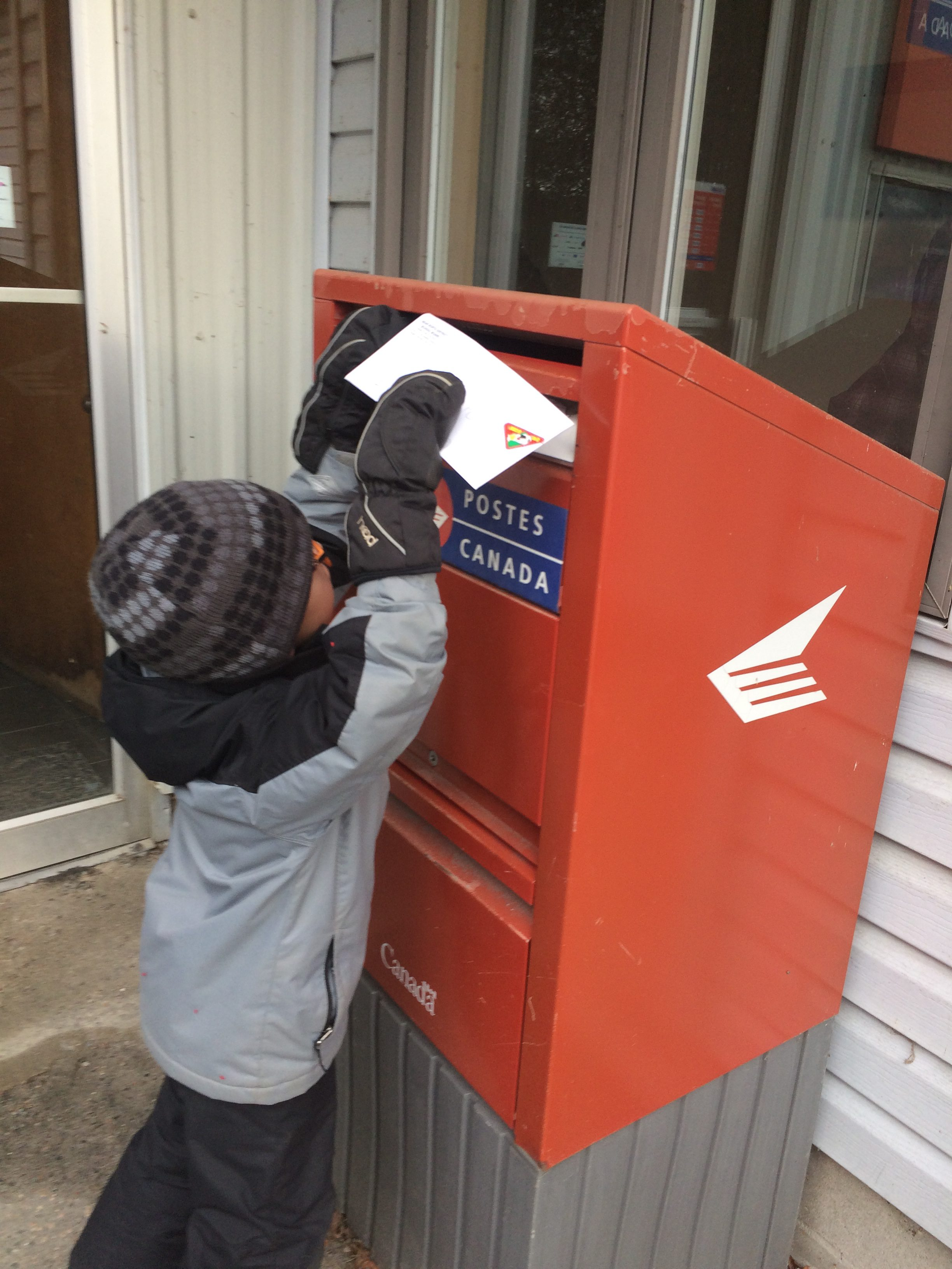 Student learning to send mail